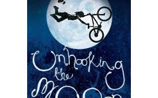 Book Review – Unhooking the Moon -Gregory Hughes