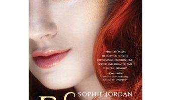 Book Review – Firelight by Sophie Jordan