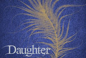 Book Review – Daughter of Smoke and Bone By Laini Taylor