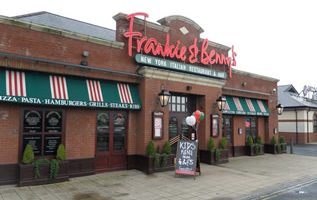 Review – Frankie and Bennys Restaurant