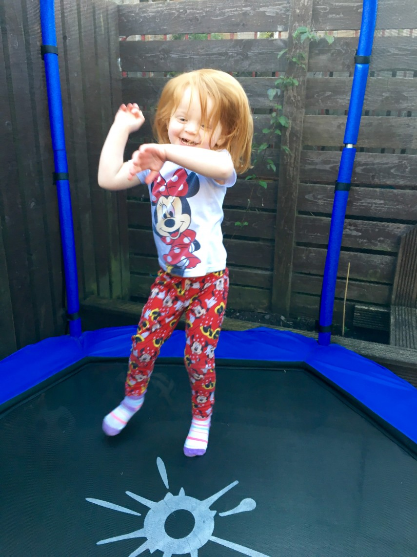 Outdoor Toys Trampoline