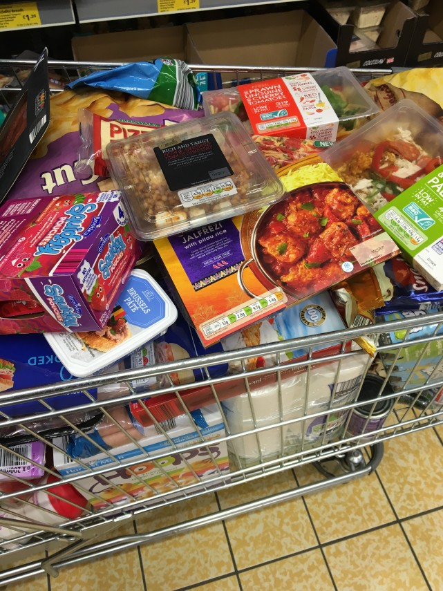 aldi-shopping-trolley