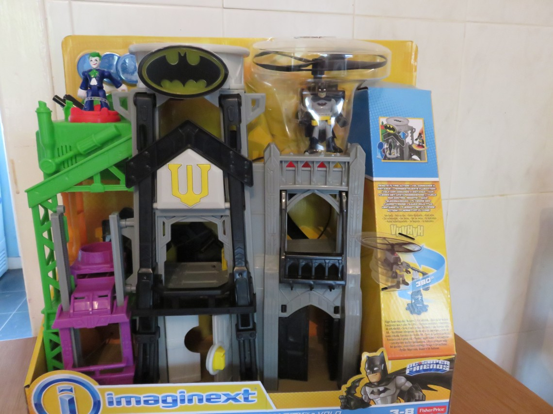 fisher-price-imaginext-batman-super-flight-gotham-city-playset