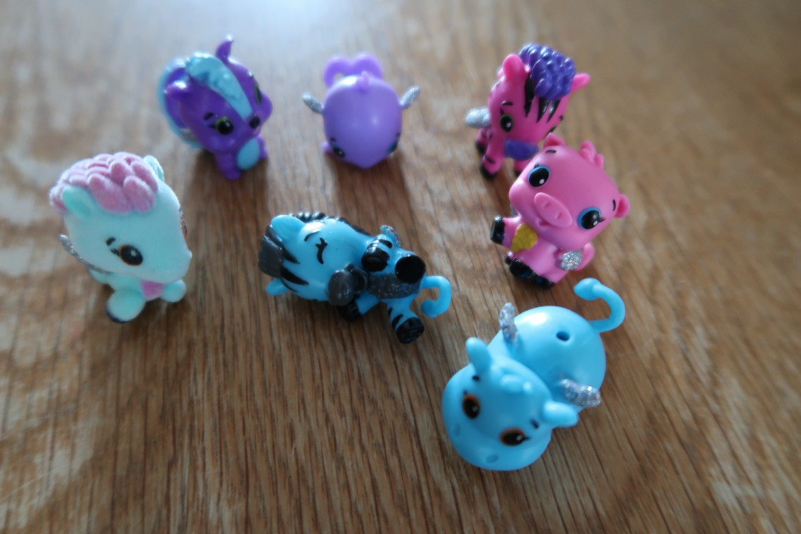 Hatchimals CollEGGtibles Animals