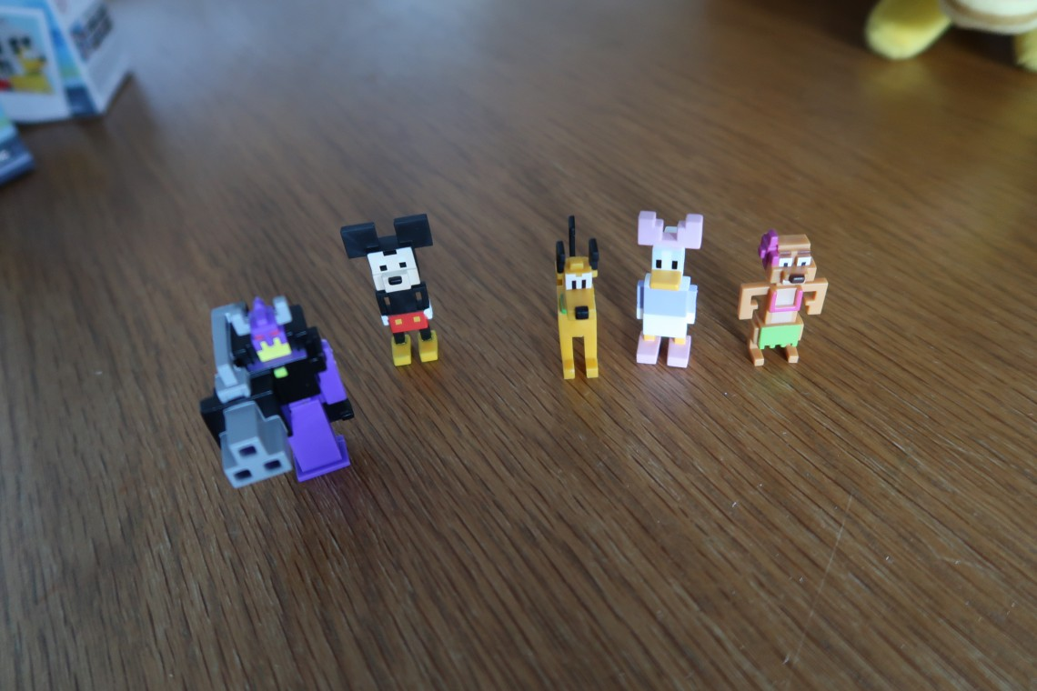 Disney Crossy Road Figures
