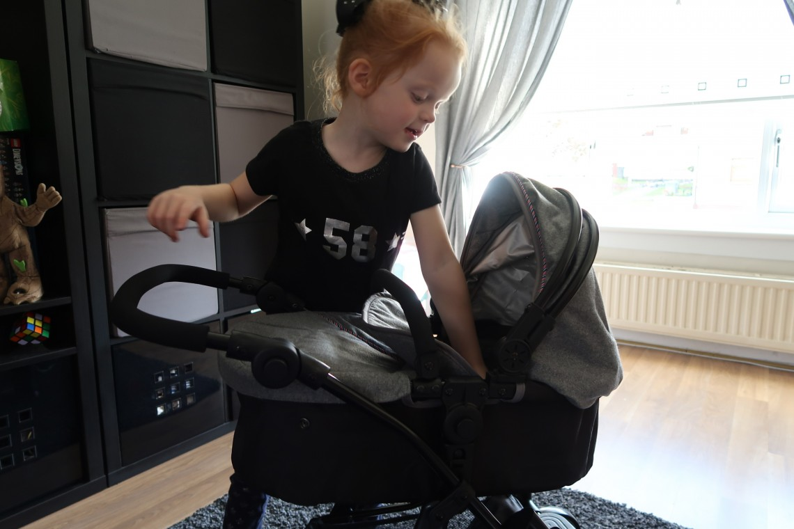 SilverCross 5 in 1 Dolls Pram