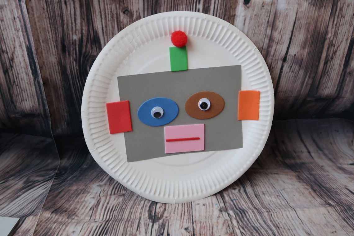 Robot Head Craft