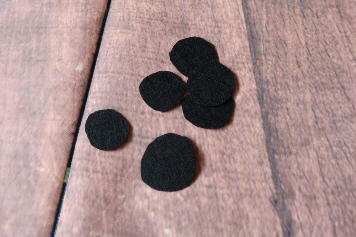 Cut out Ladybird Spots